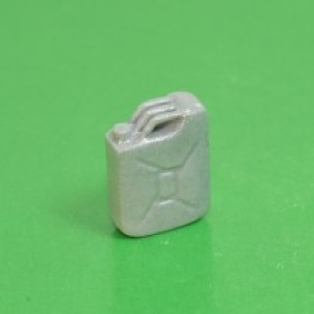 Канистра 20 л типовая серебристая (пластик)
