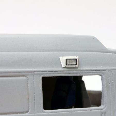 Комплект из 2-х светильников освещения прилегающей территории задней и боковой двери салона