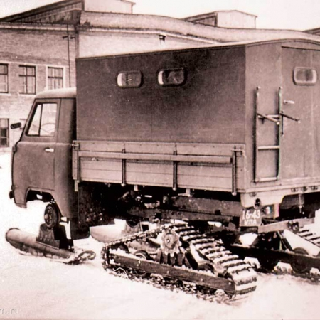 Лыжи и гусеницы для УАЗ-451С вариант 1